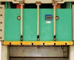 pneumatic press machine 200 ton
